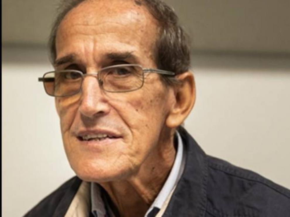 Antonio César.