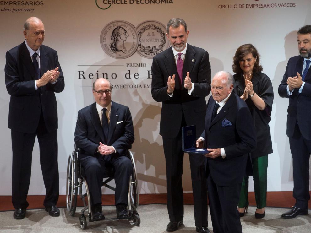 El Rey, este lunes en L'Hospitalet de Llobregat, durante la entrega del Premio Reino de España a la Trayectoria Empresarial.