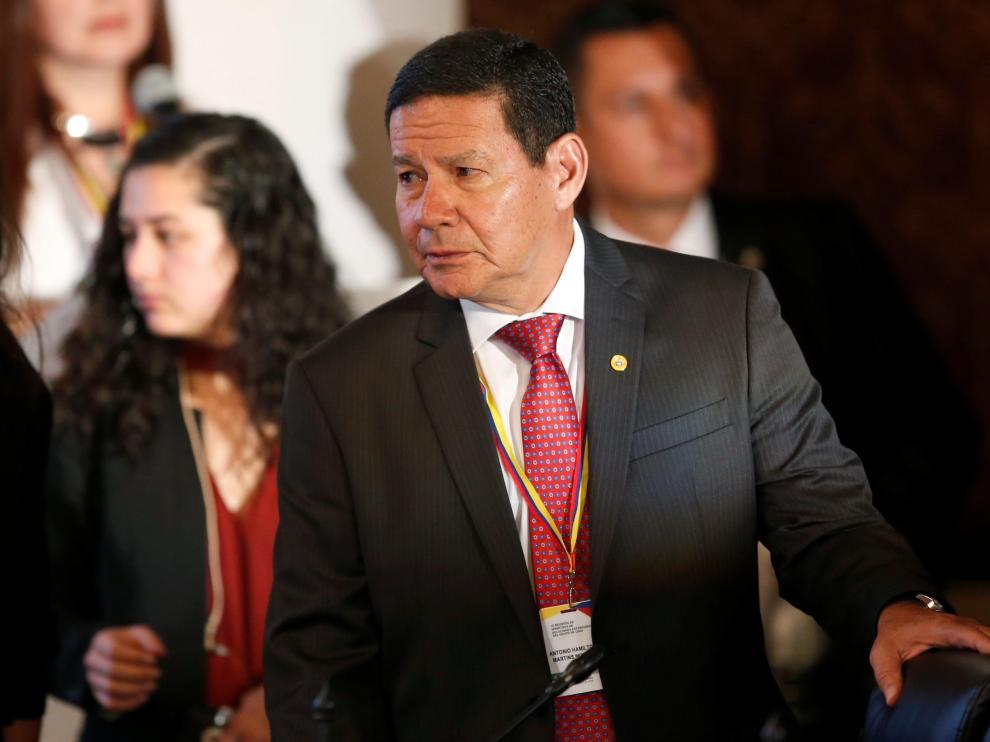 El vicepresidente de Brasil, Hamilton Mourao, durante la reunión del Grupo de Lima en Bogotá.