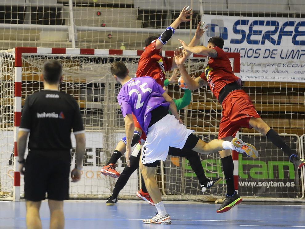 El Bada Huesca se impuso al Guadalajara en el anterior encuentro en el Palacio.