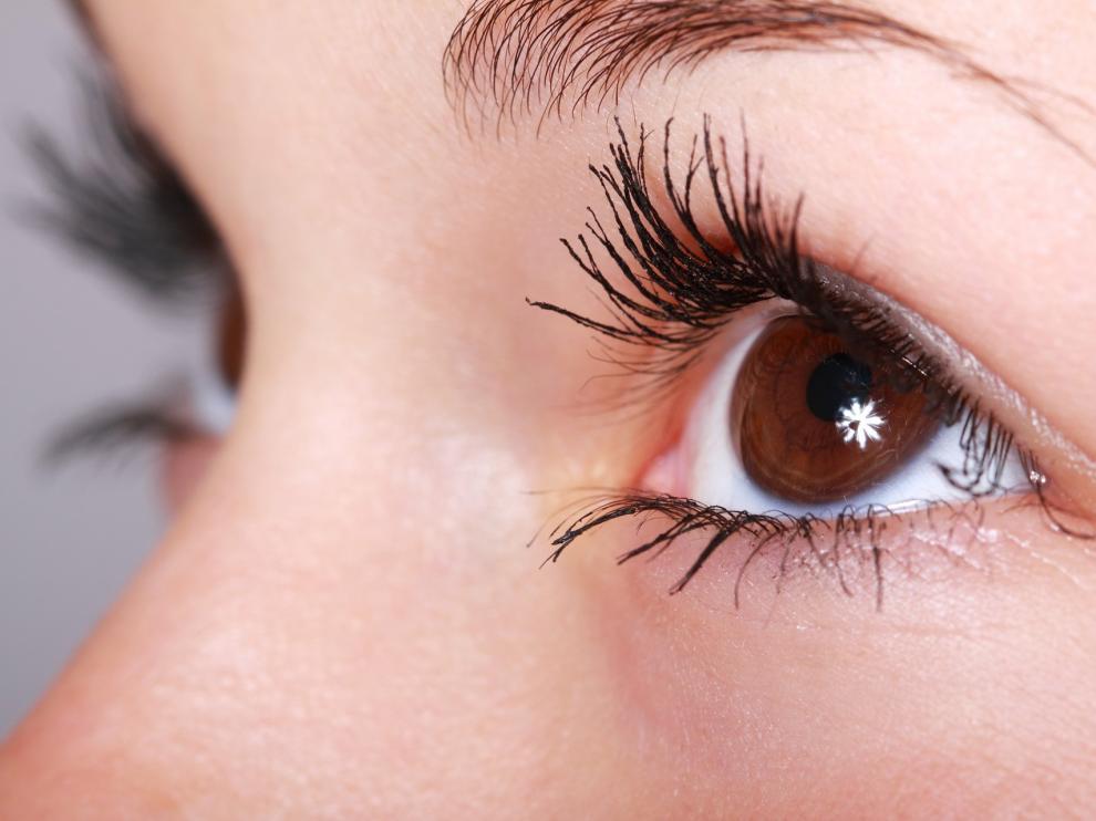 La vía de la inyección se utiliza para la administración de tratamientos para la retina, degeneración macular húmeda o en retinopatía diabética.