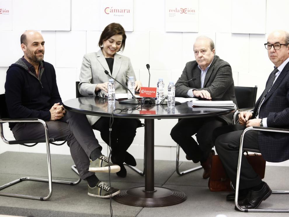 El debate se ha celebrado en la Cámara de Comercio de Zaragoza.