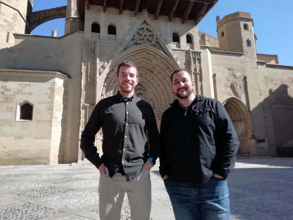 Luis Rodríguez, a la izquierda, y Kike Domínguez, técnicos de Cáritas.