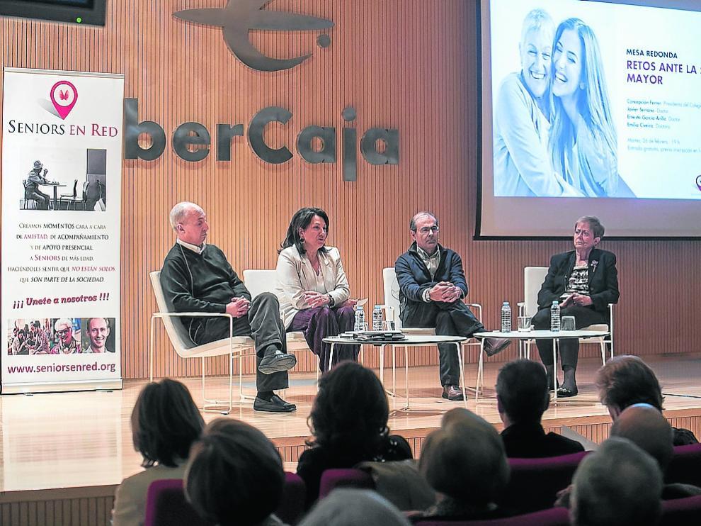 Javier Serrano, Rosa Plantagenet-White, Ernesto García-Arilla y Emilia Civeira.