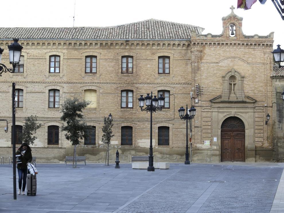 Detalles exteriores del edificio del antiguo Seminario de Huesca /Foto Rafael Gobantes