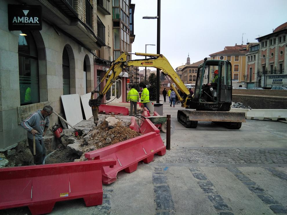 Los trabajos afectan a una parte de la zona comercial y de hostelería del centro de la ciudad.