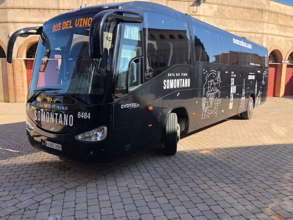 Bus para la ruta del vino del Somontano