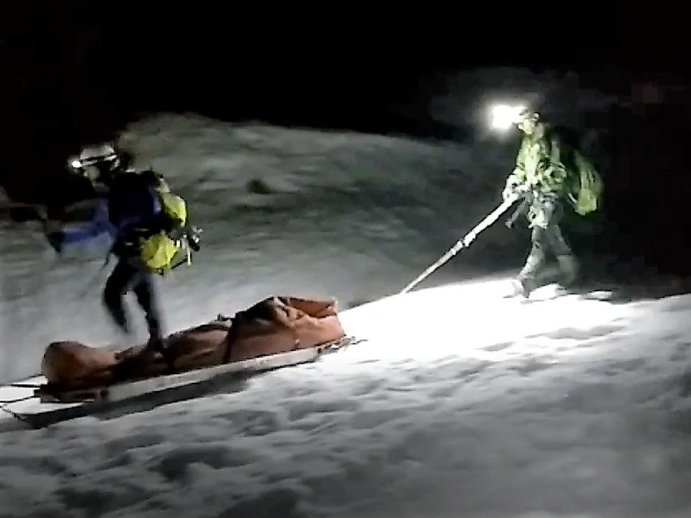 Rescate de un escalador accidentado en Peña Telera.
