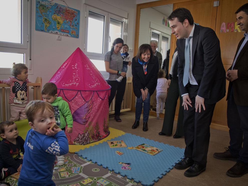 Un momento de la visita a la escuela infantil de Villarreal.