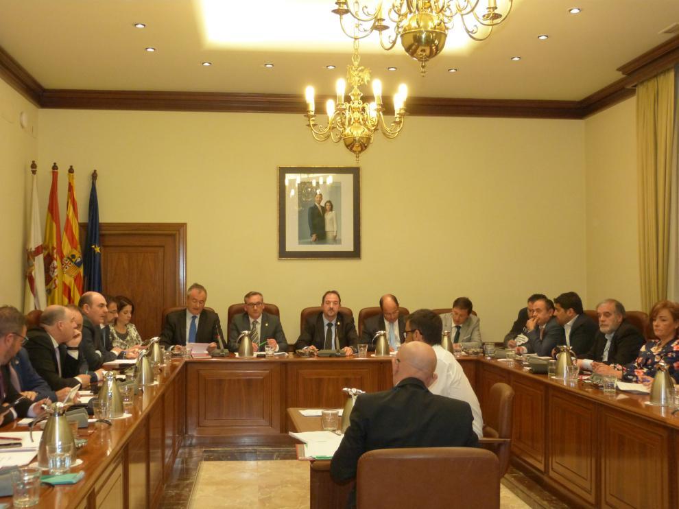 Imagen del pleno de la Diputación Provincial de Teruel.