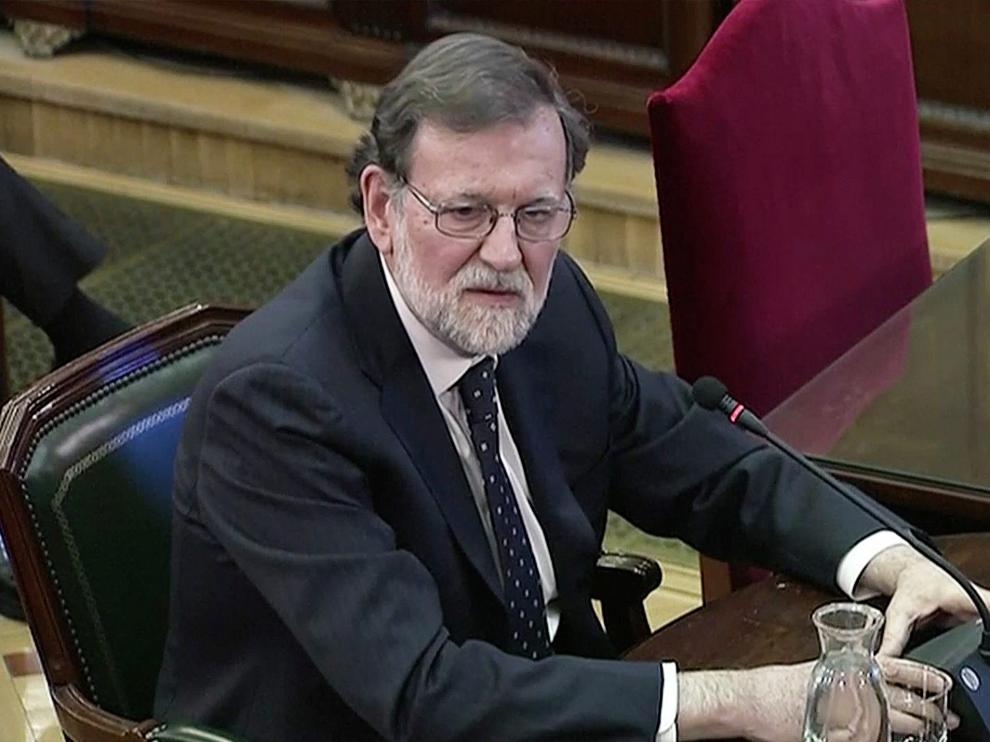 Former Spanish Prime Minister Mariano Rajoy testifies as witness during the trial of jailed Catalan separatist leaders at the Supreme Court in Madrid, Spain February 27, 2019 in this screen grab taken from video. REUTERS/Reuters TV [[[REUTERS VOCENTO]]] SPAIN-POLITICS/CATALONIA