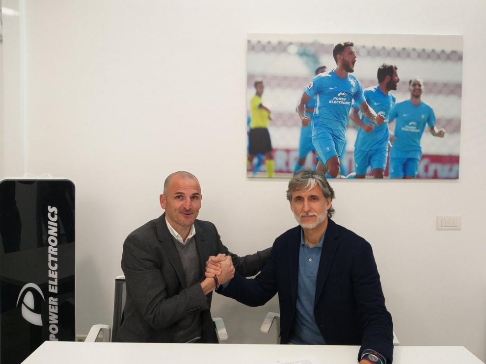 Fernando Soriano, director deportivo del Ibiza, junto a Pablo Alfaro.