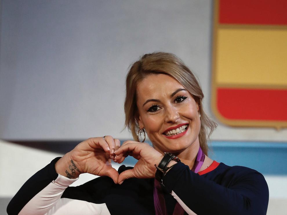 Lydia Valentín, contenta con su medalla de oro.
