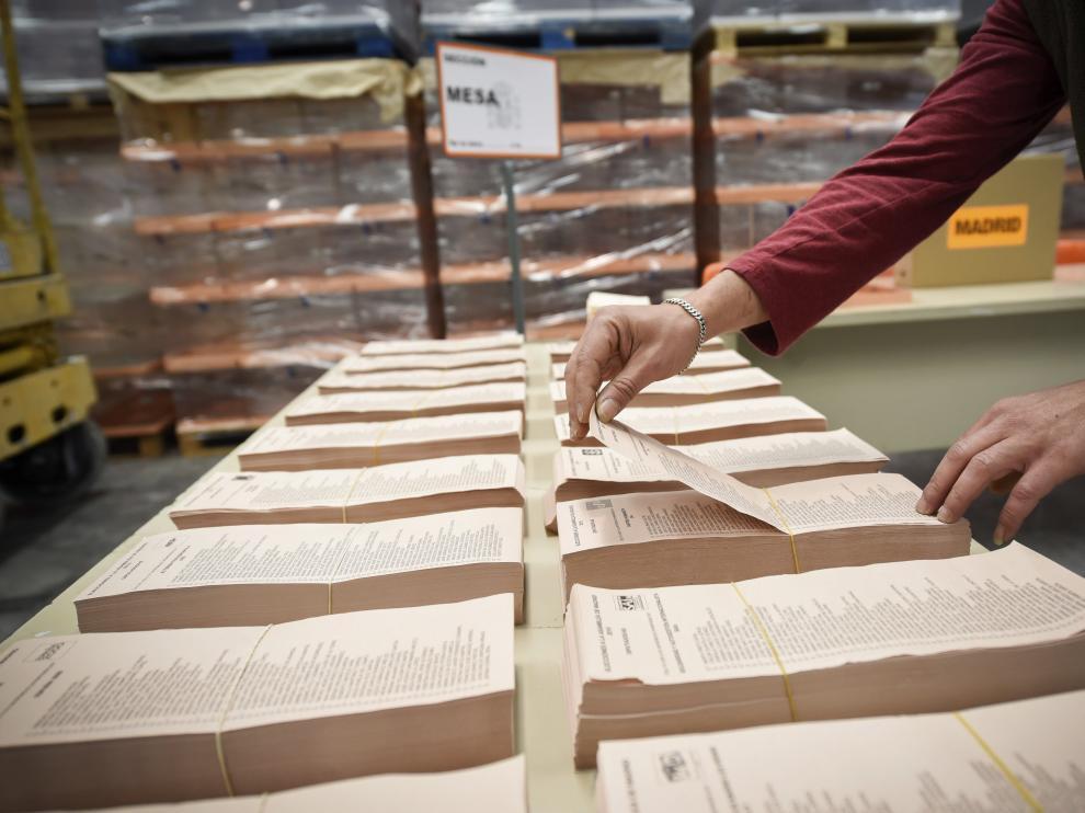 Papeletas electorales para las elecciones autonómicas y municipales de 2015