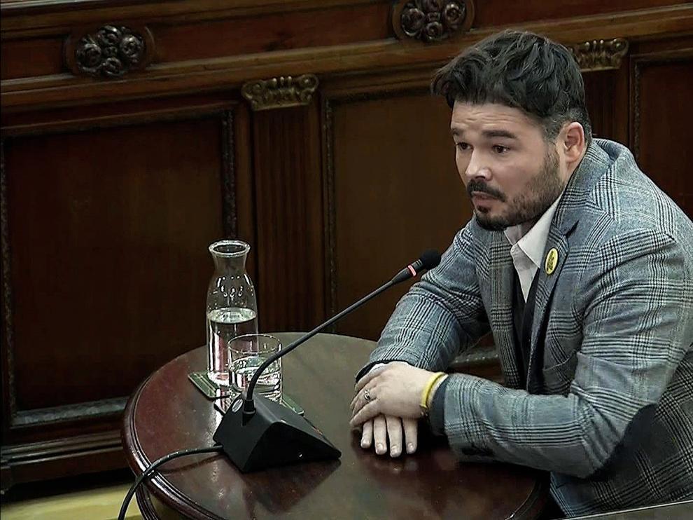 Gabriel Rufián durante su comparecencia como testigo en el TS.