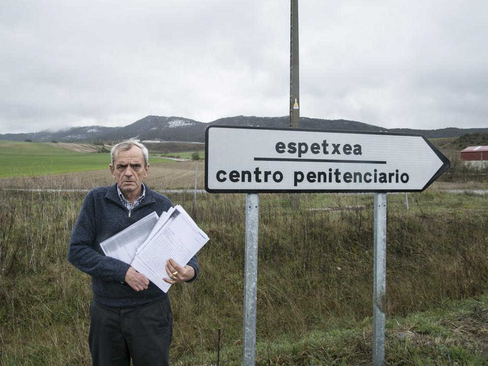 Miguel Ángel Madariaga, comandante de la Guardia Civil y víctima de ETA, se entrevistó en 2014 con el etarra Kepa Picabea en la prisión de Zabaya (Álava).