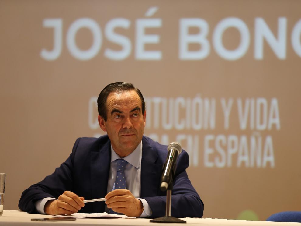 El expresidente del Congreso de los Diputados y exministro socialista José Bono durante una conferencia en Quito (Ecuador).