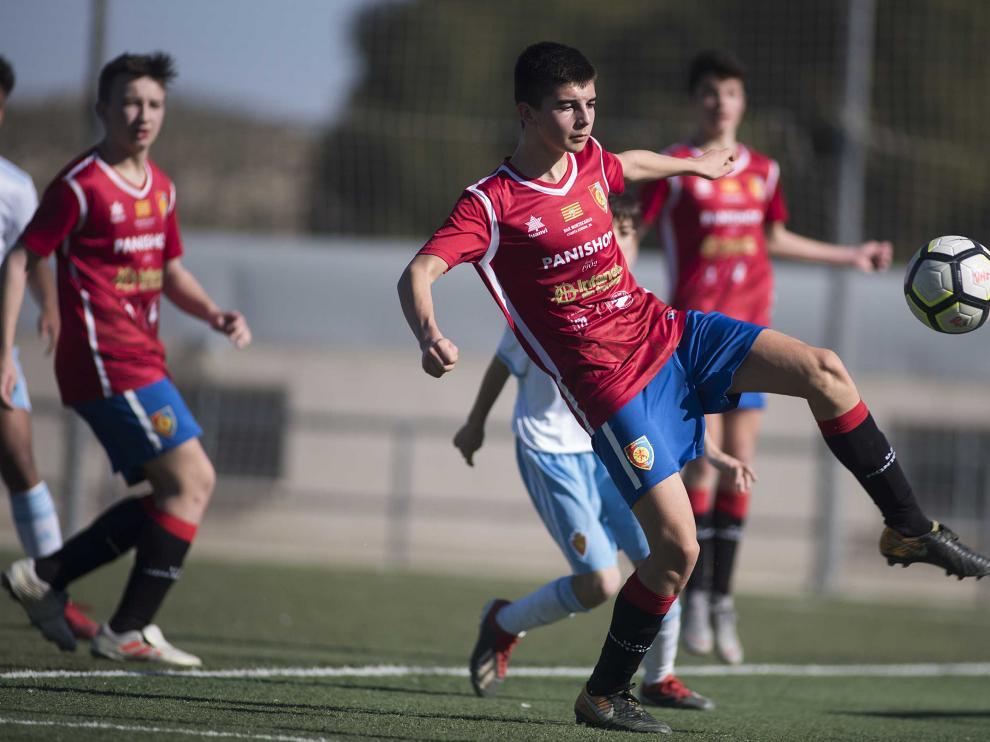 Fútbol. DH Infantil- Real Zaragoza vs. Montecarlo.