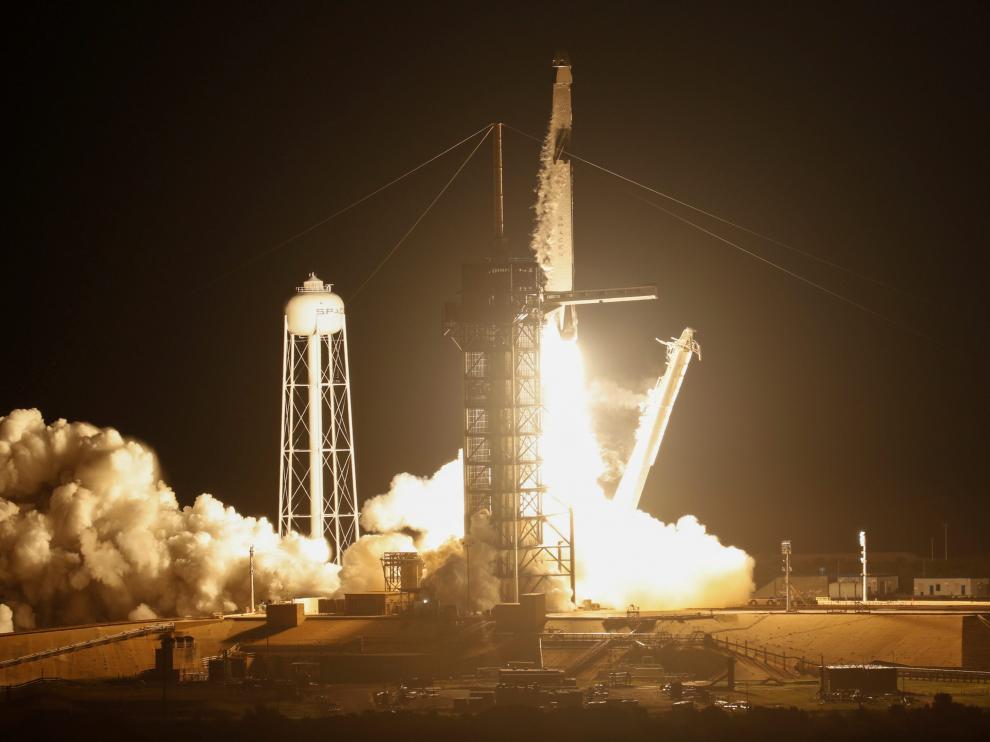 Space X, más cerca de los vuelos turísticos al espacio.
