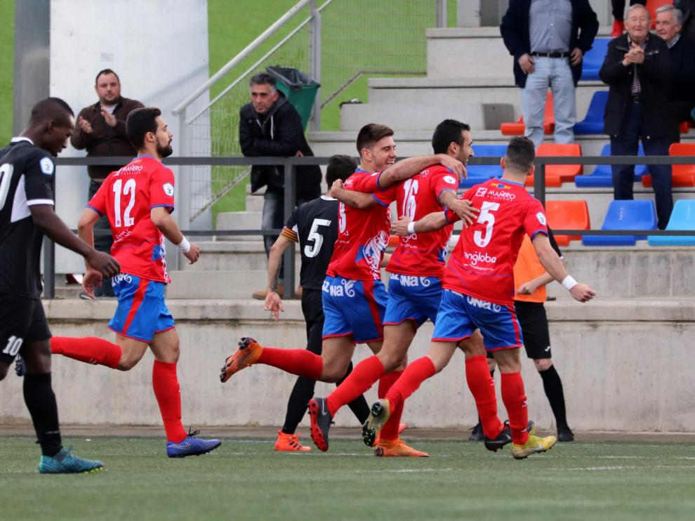 Fútbol. Tercera División- Tarazona vs. Sabiñánigo.