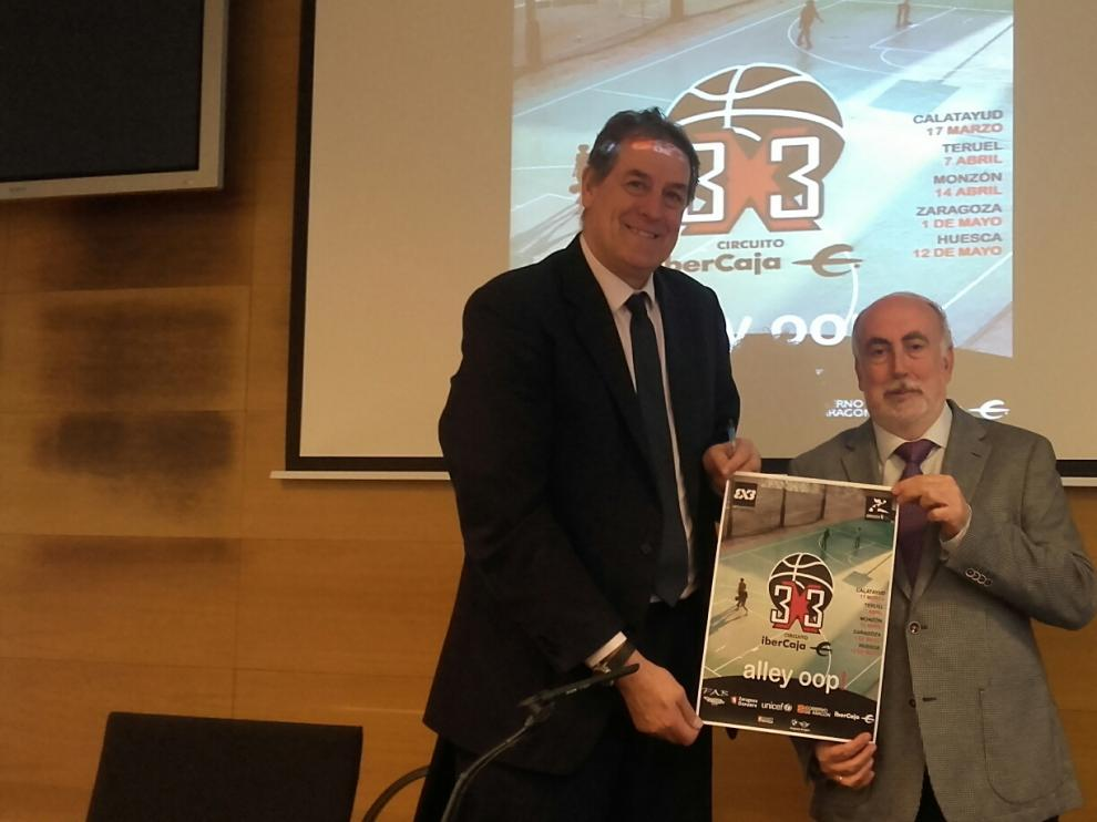 Presentación del Circuito 3x3 Ibercaja con Fernando Arcega (Ibercaja) y José María Sierra (FABaloncesto)