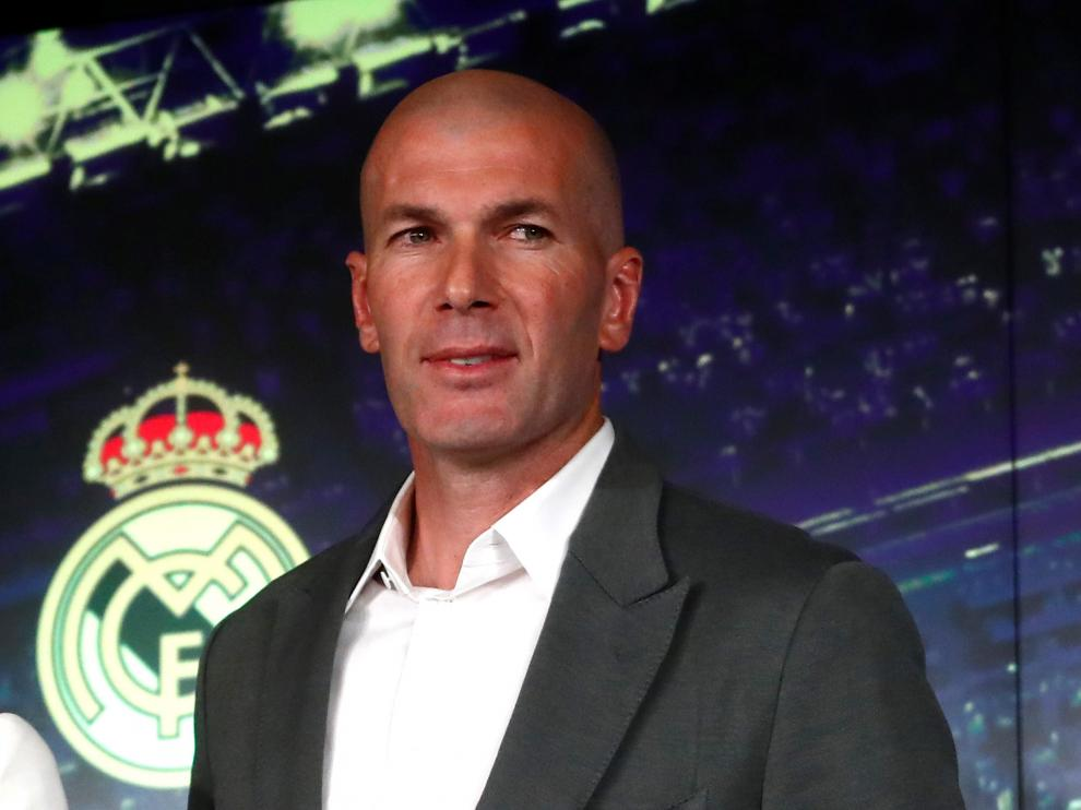 Soccer Football - Real Madrid Press Conference - Santiago Bernabeu, Madrid, Spain - March 11, 2019   New Real Madrid coach Zinedine Zidane after the press conference   REUTERS/Susana Vera [[[REUTERS VOCENTO]]] SOCCER-SPAIN-MAD/ZIDANE