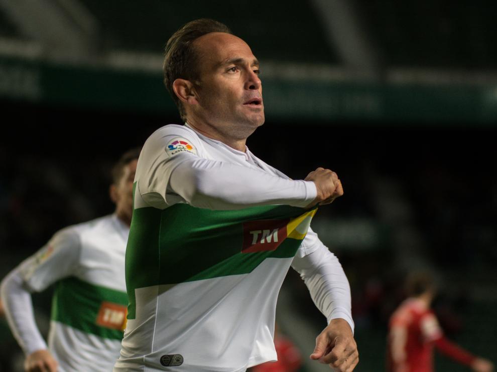 Nino celebra el gol que el marcó al Zaragoza en la primera vuelta en el Martínez Valero.