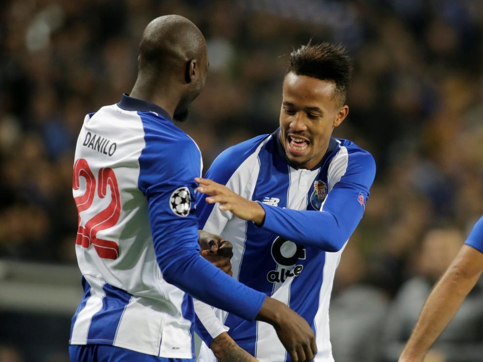 Militao celebra un gol con el Oporto en Champions.