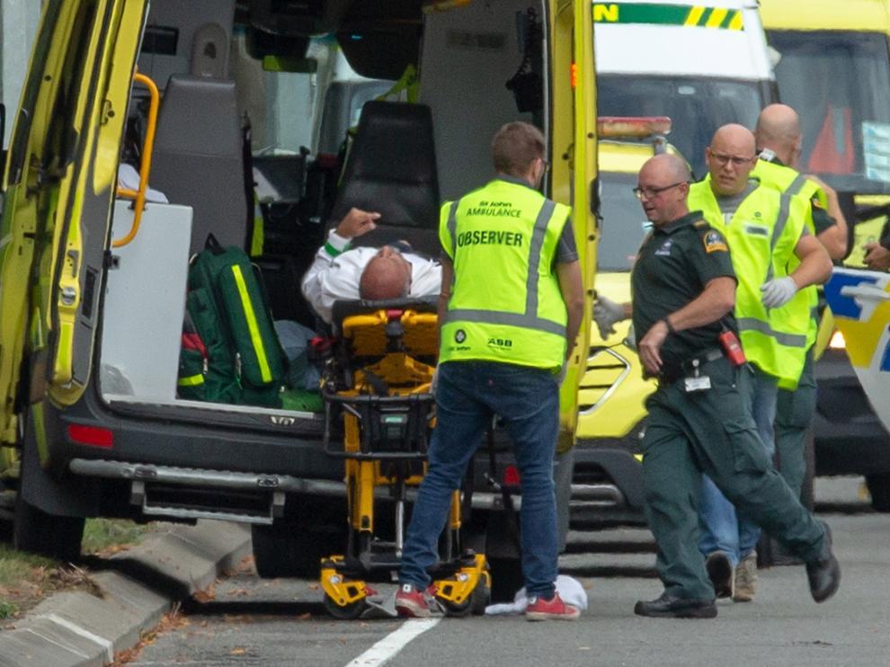 """Cuatro detenidos y """"múltiples muertos"""" tras tiroteos en Nueva Zelanda"""
