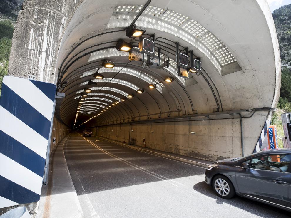 La circulación de bicicletas está prohibida en el túnel de Bielsa.