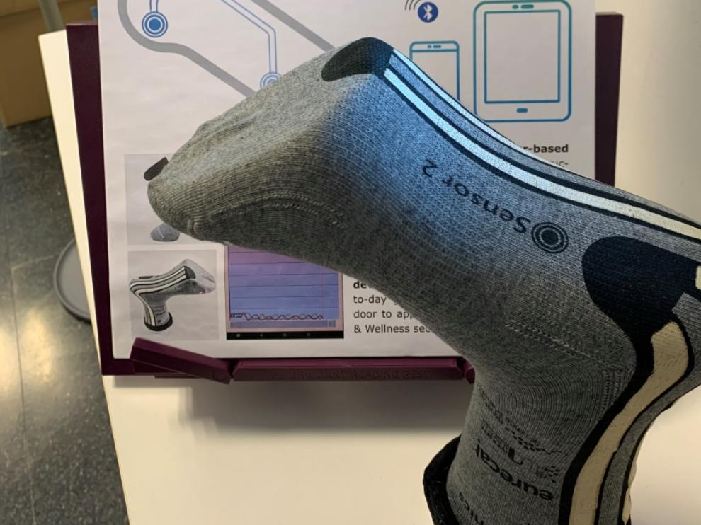El calcetín inteligente que previene caídas ha sido desarrollado por Eurecat.