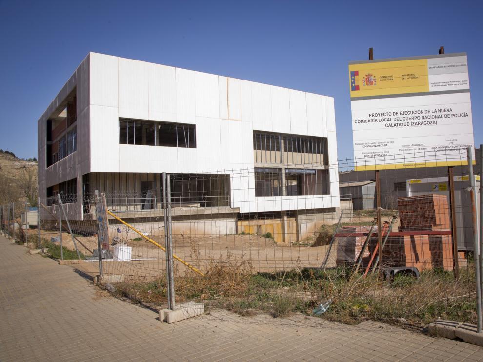 Las obras de construcción de la nueva comisaría de Calatayud están paradas desde hace un mes.