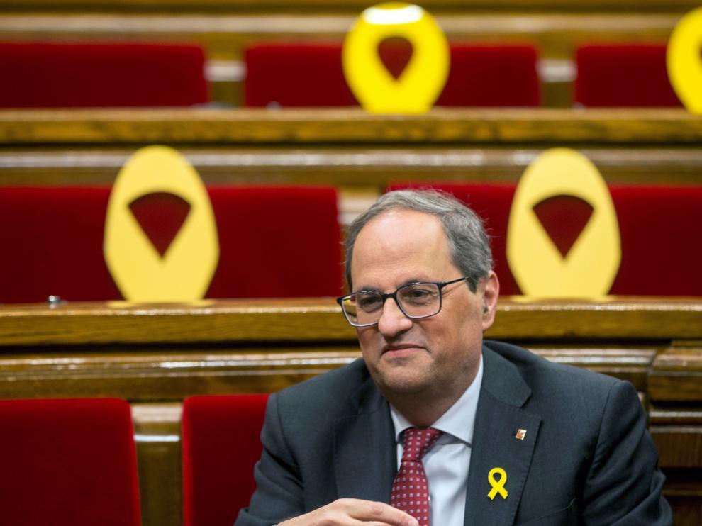 El presidente de la Generalitat, Quim Torra, poco antes de comenzar el pleno del Parlament este miércoles.
