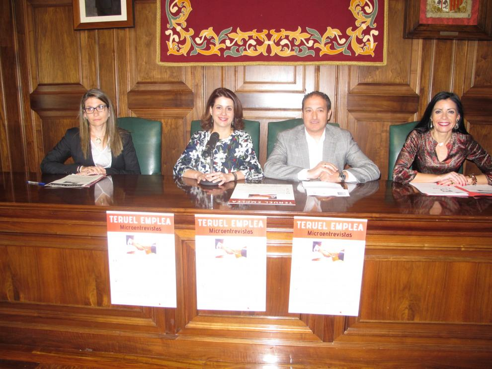 Presentación de Teruel Emplea en el Ayuntamiento.