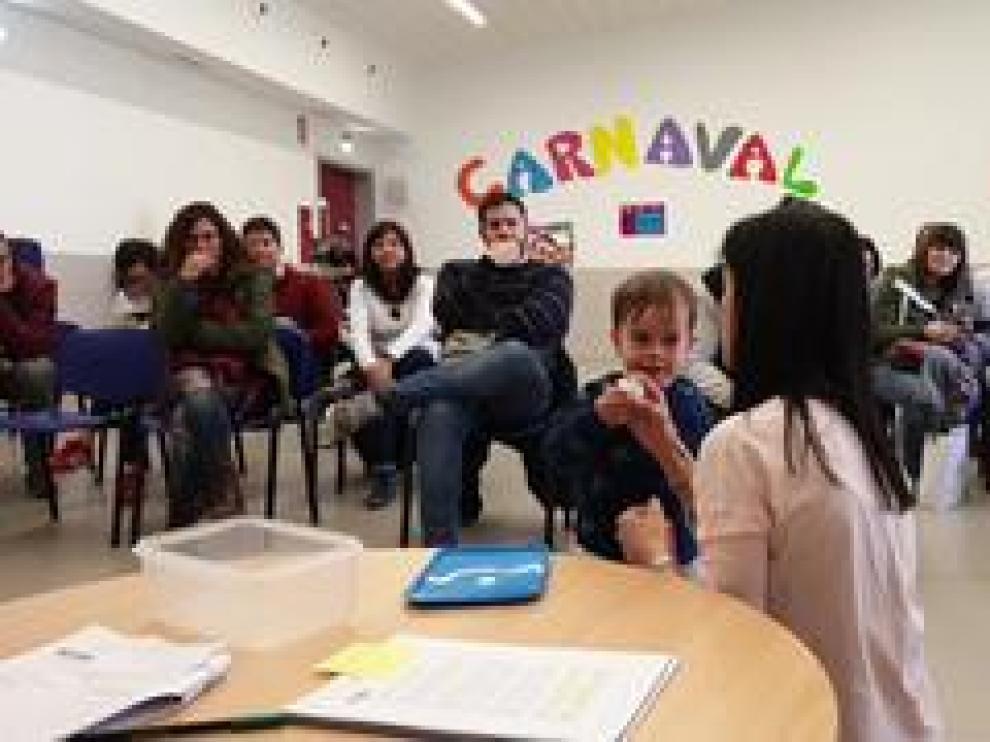 Este jueves ha tenido lugar el sorteo plazas escolares en Aragón, HeraldoTV ha estado con los padres .