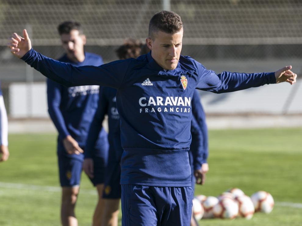 Carlos Nieto, en un entrenamiento reciente del Zaragoza.