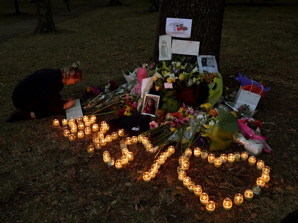 Muestras de condolencia ante las víctimas del atentado de Chrischurch.