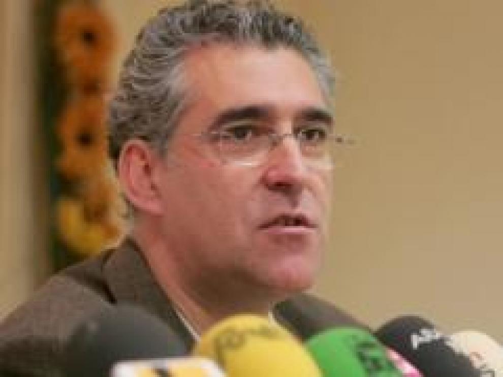 El profesor de francés, fundador de CHA y parlamentario brillante durante 16 años, fallece de cáncer de páncreas a los 59 años.
