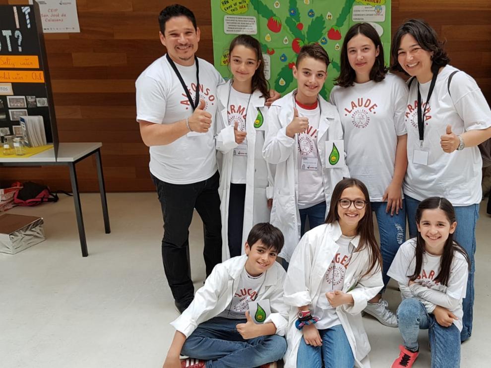 El equipo de futuros científicos del CEIP Joaquín Costa de Graus, al completo.
