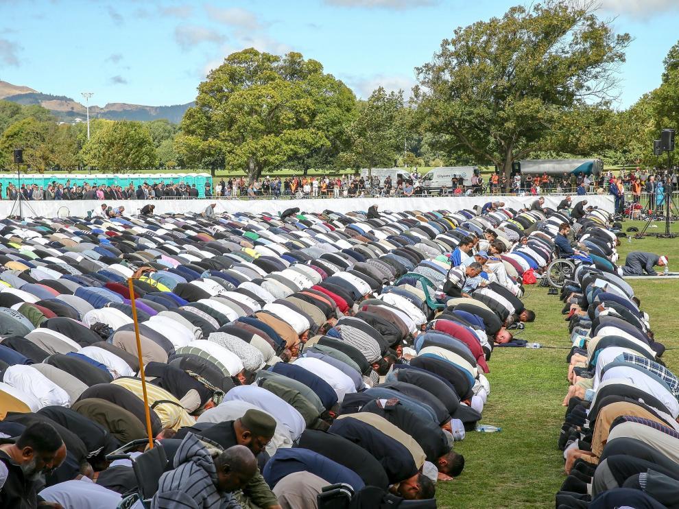 Nueva Zelanda homenajea a las víctimas del atentado terrorista antimusulmán