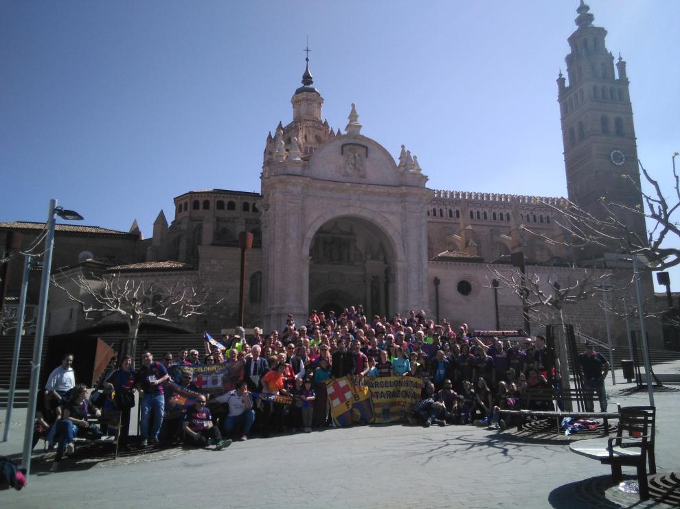 Doscientas personas de 32 peñas diferentes participan en esta reunión azulgrana.