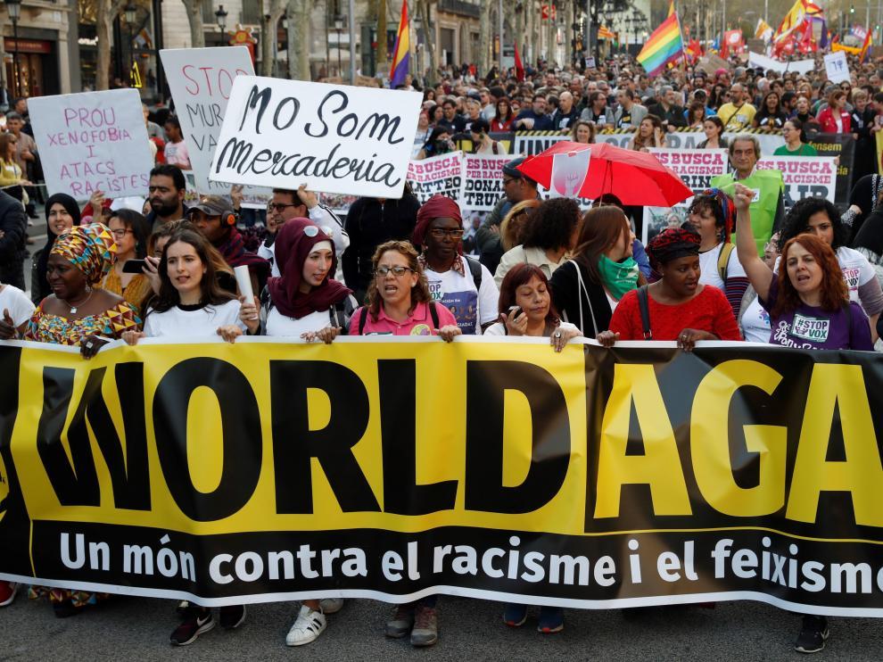 Manifestación en Barcelona contra el racismo y VOX.