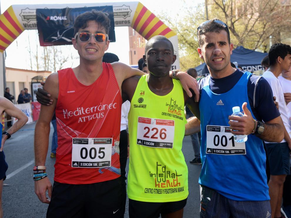 Podio de la 10K disputada en Teruel.
