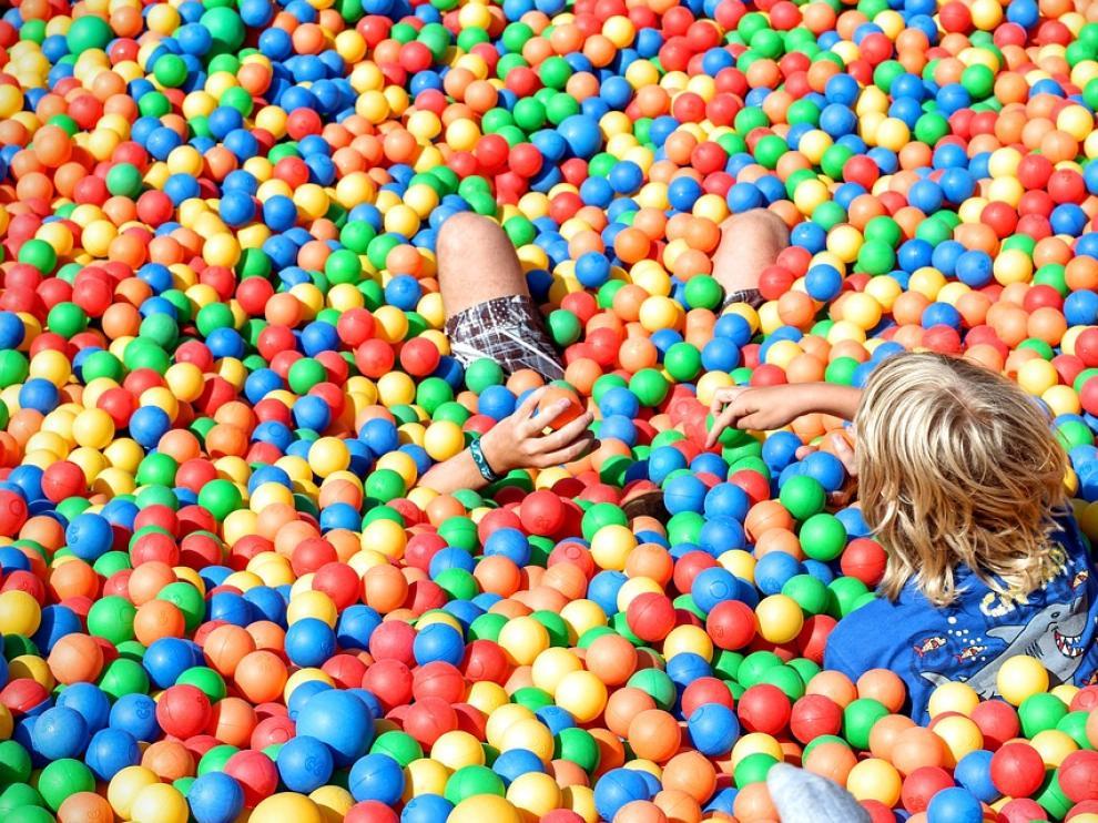 ball-pit-1661369_960_720