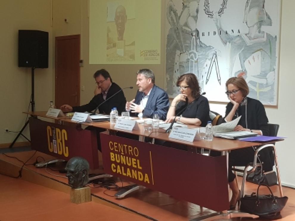 Soro, segundo por la izquierda, en el Consejo de Turismo que celebrado en Calanda