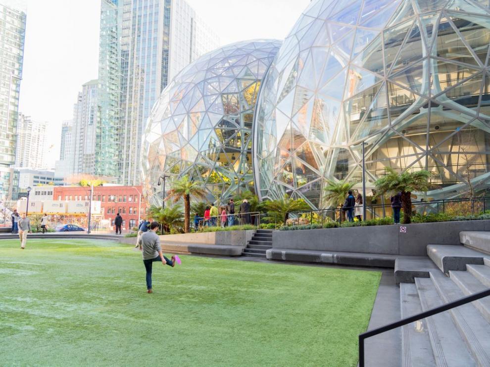 Amancio Ortega será casero de Amazon en Seattle.