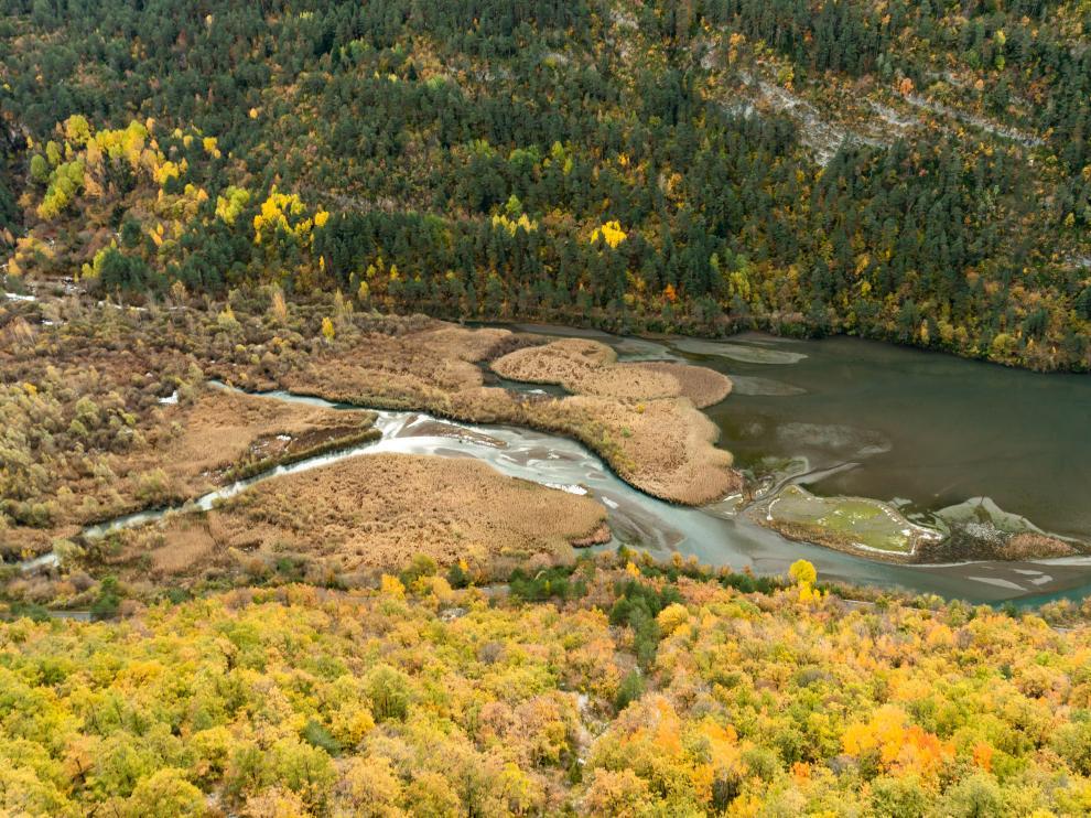 Las llanuras de Plan d'Escún en el valle de Chistau (Sobrarbe).