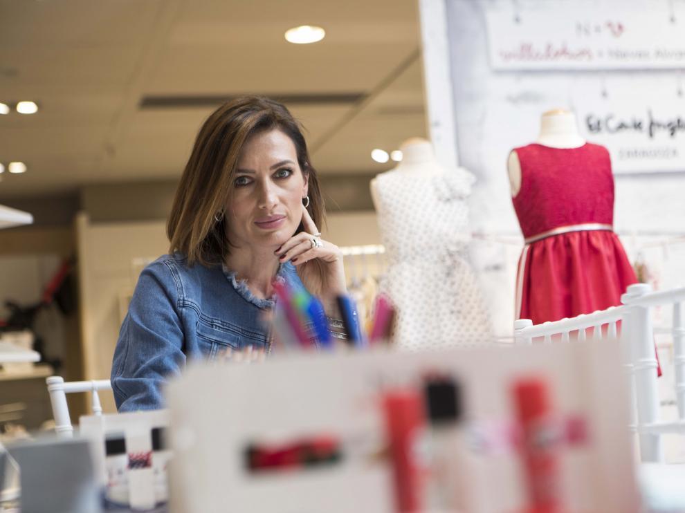 La modelo Nieves Álvarez, en Zaragoza, donde presentó su marca de ropa infantil.