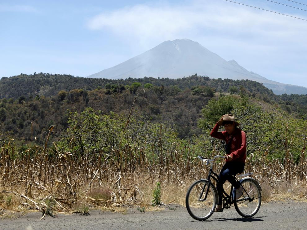 Miles de familias viven en las faldas del Popocatépetl