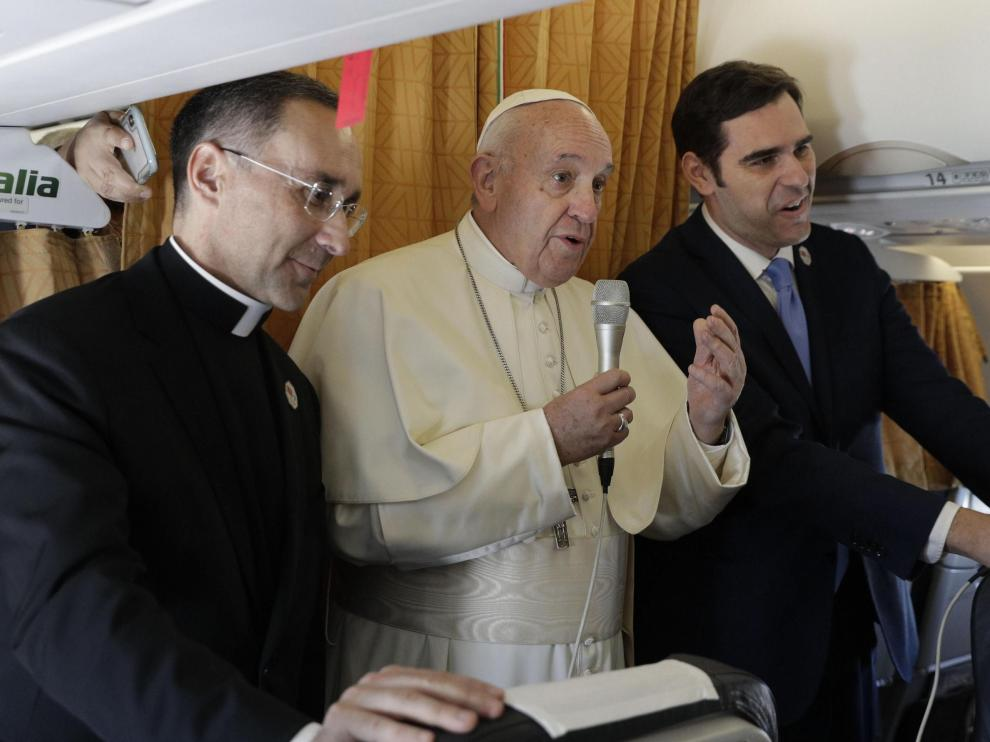 El Papa durante su viaje a Marruecos.